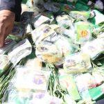 توزیع بسته های متبرک در شهرستان قائنات