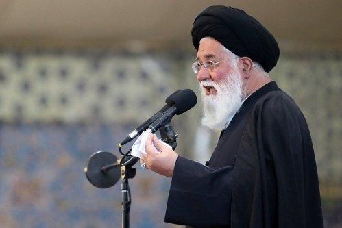 نماینده ولی فقیه علم الهدی در نماز جمعه