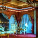اسکان استانداران بهمراه خانواده در گرانترین هتل مشهد در سال اقتصاد مقاومتی