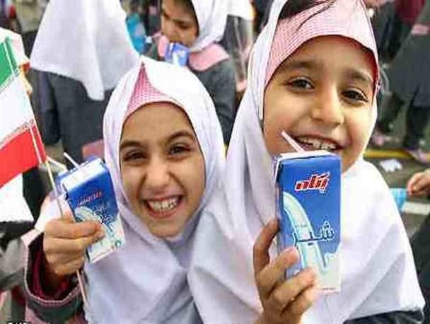 بدهی آموزش و پرورش و توزیع شیر در مدارس