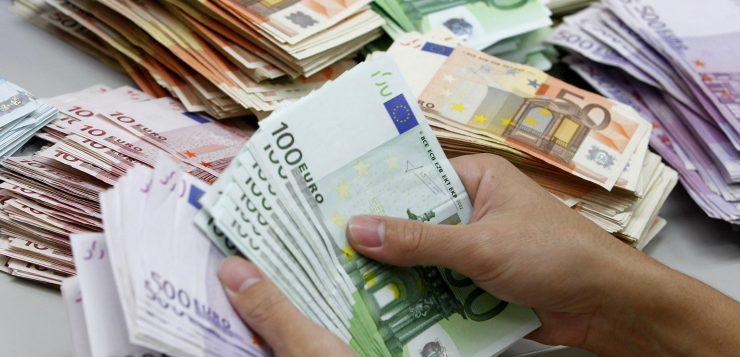 کاهش قیمت دلار و سکه