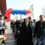 ششمین کاروان زوج های دانشجوی طرح ملی همسفر تا بهشت وارد مشهد مقدس شدند/مراسم افتتاحیه در حرم مطهر رضوی