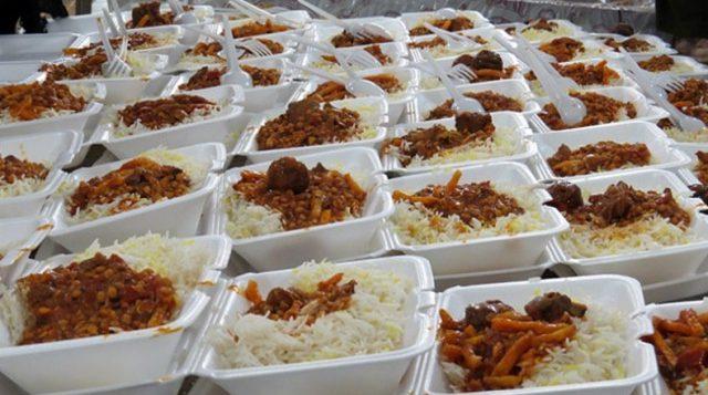 در راستای کمک به سیل زدگان؛ ایستگاه توزیع غذای متبرک رضوی در کلات مستقر شد