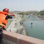 سقوط بانوی میانسال در رودخانه پل پرتوی مشهد