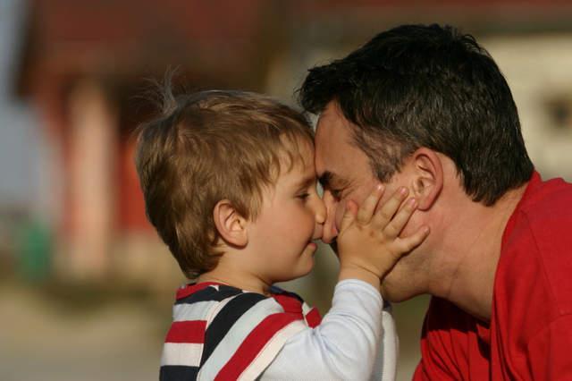 پدران تنها پدران مجرد